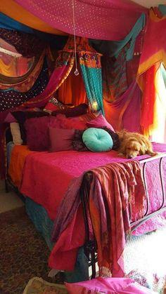 17 Purple Bedroom Ideas that Beautify Your Bedrooms Look Bohemian Bedroom Decor Beautify Bedroom Bedrooms Ideas Purple Bohemian House, Gypsy Decor, Bohemian Decor, Bohemian Room, Dream Rooms, Dream Bedroom, Master Bedroom, Gypsy Bedroom, Decoration Ikea