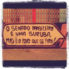 Nesses dias de ficha limpa… muro do @mundano_SP
