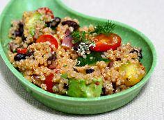 Quinoa-avocado-tomato & black bean salad with chipotle lime sauce