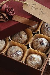 Share your warmest wishes with these easy-to-prepare Cranberry Walnut Truffles. #SweetenTheSeason