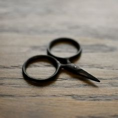 Teeheeheehee...never imagined that something as dull as scissors could be so CYUUUTE!! ^_^