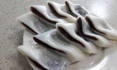 한입에 쏘옥~알록달록 동글이 앙꼬절편 만들기 : 네이버 블로그 Rice Cake Snacks, Rice Cakes, Korean Dishes, Korean Food, Asian Desserts, Asian Recipes, Cute Food, Yummy Food, Korean Rice Cake
