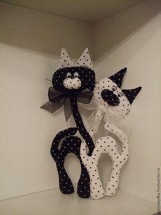 Игрушки животные, ручной работы. Ярмарка Мастеров - ручная работа. Купить Влюбленные коты. Handmade. Фиолетовый, цветочек, хлопок