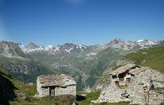 Village en montagne du côté de Tignes © Monica Dalmasso