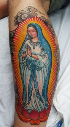 Ridiculously Awesome Virgin Mary (done by Chris Garver). This is one of the most beautiful tattoos I've ever---double helix not mary traditional style Pretty Tattoos, Beautiful Tattoos, Cool Tattoos, Amazing Tattoos, Tattoo Cafe, I Tattoo, Maria Tattoo, Chris Garver Tattoo, Time Tattoos