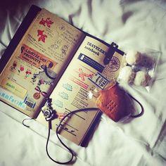 旅先なので、トラベラーズノートでおはよう。またスタンプ押しに行きたいなあ(・ε・。) (Instagramで撮影) traveler's notebook