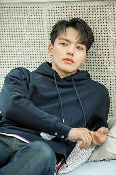 Awesome and Handsome Yeo jin goo Child Actors, Young Actors, Cute Korean, Korean Men, New Actors, Actors & Actresses, Dramas, Park Hyung Shik, Sad Movies