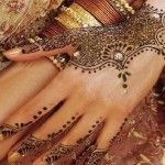 The Most Beautiful & Fetching Arabic Henna Designs