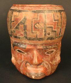 Cerámica  Periodo: Medio 700- 1100 d.C.  Medidas: 138 mm de alto  Código de pieza: MCHAP 3006- 1  Tiwanaku