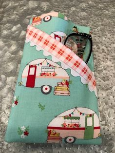 Eye Glass case for 2 pair Clothespin Bag, Star Clothing, Large Purses, Crochet Hooks, Finding Yourself, Cotton Fabric, Best Gifts, Cottage, Pairs