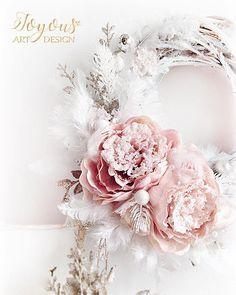 Prague Cz, Winter Wreaths, Pink Christmas, Xmas Decorations, Peonies, Pink White, Lanterns, Centerpieces, Floral Wreath