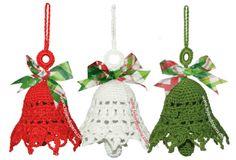 Tutorial: campanas de Navidad tejidas a crochet (Christmas crochet bells)! Crochet Christmas Decorations, Crochet Ornaments, Christmas Crochet Patterns, Holiday Crochet, Crochet Snowflakes, Crochet Gifts, Crochet Motif, Crochet Flowers, Christmas Projects
