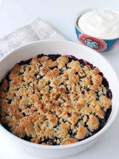 Glutenfri blåbärspaj. Gluten-free blueberry pie. Gluten Free Blueberry, Vegetarian Recipes, Oatmeal, Breakfast, Food, The Oatmeal, Morning Coffee, Rolled Oats, Essen