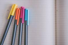 8 Of The Best Pens for Bullet Journaling For Your Scribbles — Book Riot - 8 Of The Best Pens for Bullet Journaling For Your Scribbles - Pens For Bullet Journaling, Bullet Journal Cover Ideas, Bullet Journals, Art Journaling, School Supplies Highschool, Diy School Supplies, College Application Essay, College Essay, College Loans