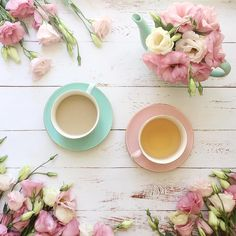 """1,022 tykkäystä, 65 kommenttia - • J O D I • Flowers & Flatlays (@jodianne_) Instagramissa: """"You, me and a cup of tea! Happy Friday friends xx"""""""
