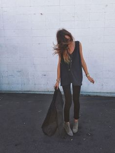 Black and gray | Casual street style : Ivana Revic From California