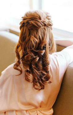 Want more swoon-worthy wedding hair inspiration? Check out these super romantic wedding hairstyles for long hair, click the image to Pin Wedding Hairstyles For Long Hair, Fancy Hairstyles, Wedding Hair And Makeup, Hair Makeup, Hairstyle Ideas, Hairstyle Wedding, Twist Hairstyles, Hair Wedding, Romantic Wedding Hair