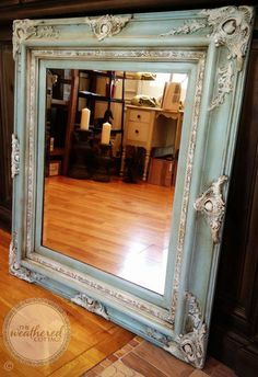 Chalk Paint® decorative paint by Annie Sloan in Duck Egg Blue, Old White &… Refurbished Furniture, Furniture Makeover, Diy Furniture, Chalk Paint Projects, Chalk Paint Furniture, Mirror Painting, Painting Frames, Art Paintings, Chalk Painting