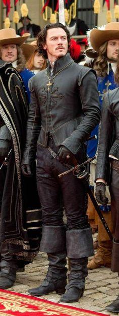 Luke Evans as Aramis. The Three Musketeers - not seen this movie....but Aramis....omw...he's so cute. XD #DidNotJustSayThat
