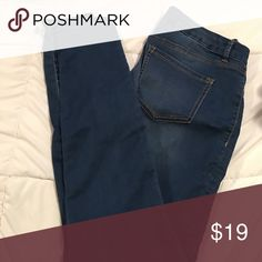 Skinny jeans Lighter wash jeans, super soft and comfy for a jean . Size 8 Jeans Skinny