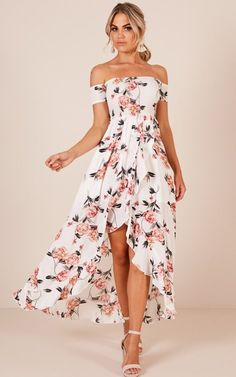 2019 Trendy Prom Dresses Today we are going to talk about an exciting topic. Yes, the topic is prom dresses! As you know that, prom time is approaching. Prom Dresses With Pockets, Straps Prom Dresses, Prom Dresses Blue, Homecoming Dresses, Cute Dresses, Evening Dresses, Summer Dresses, Formal Dresses, Wedding Dresses