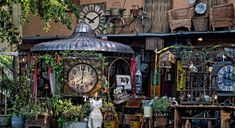 All the Fun of the Flea Market in France : The Good Life France