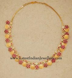 Ruby and Gold Kasu Necklace Ruby Jewelry, India Jewelry, Gold Jewelry, Jewelery, Gold Necklaces, Temple Jewellery, Jewelry Sets, Halo, Gold Jewellery Design