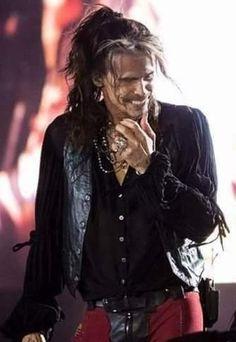 Steven Tyler, Aerosmith, Leather Jacket, Awesome, Style, Fashion, Studded Leather Jacket, Swag, Moda