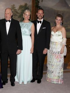 King Harald,  Crown Prince Haakon, Crown Princess Mette-Marit,  and Princess Martha Louise of Norway
