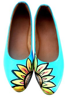 Sunflower Painted Shoes - I want to paint some vans for myself like this :)