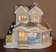 1986 ceramic village christmas light up house bed breakfast