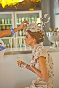 Survive spring racing season with these survival tips >> http://dropdeadgorgeousdaily.com/2014/10/spring-racing-season-made-simple-stylish/