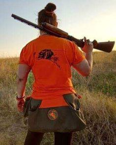 Γυναίκα Κυνηγός, Κυνήγι με Πόιντερ, Γεωργία Μέκκου, @remington_arms #remington #englishpointer #gundog #huntress #hunting #remington870 #caccia #caza #pointeringles #ferma#shooting #outdoorphotography #spiritus_silva_di_mekkou #greece🇬🇷 #greekhuntress #hunt #κυνήγι #ελλάδα