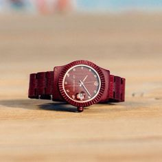 With warm and seductive colors, TRAMONTO is made of 100% natural purpleheart wood, toxic free and hypoallergenic. The perfect watch for avery coolest woman.  www.abaeternowatches.com #notanordinarypieceofwood #wood #watch #watches #woodenwatch #woodenwatches #woodwatch #woodwatches #legno #madera #orologioinlegno #madeinitaly #madeinitalywithlove #italy #verona #style #fashion #ecofashion #italiandesign #design #abaeterno