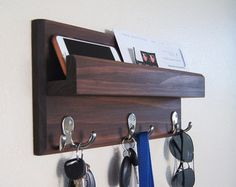 Reclaimed Wood Mail and Key Organiser Key by RoarTimberworks