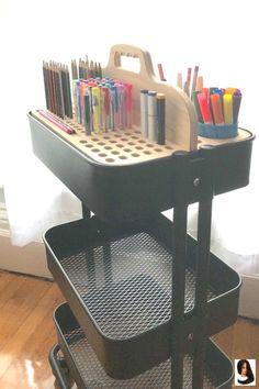 Ikea Cart Artist Insert We designed and built this custom wood Tote Insert to provide storage and or Raskog Ikea, Home Art Studios, Art Studio At Home, Art Studio Design, Rangement Art, Ikea Cart, Art Studio Organization, Office Organization, Art Studio Storage