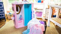 Turning Your Bookshelf Into a Dress-Up Closet for the little ones! Thanks for the great DIY @tmemme28! #homeandfamily #dressup #princess