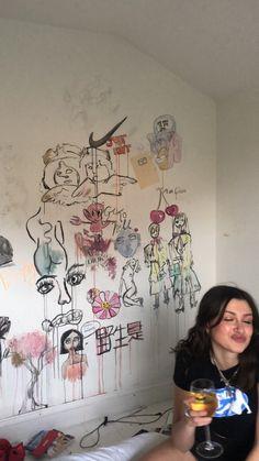 hippie room decor 586242076482378682 - ⋆∴⋅∘✭𝓉𝓇𝒶𝓅𝓊𝓃𝓏𝑒𝓁✭⋅∘∴⋆ Source by bedroom artsy Hippy Room, Hippie Room Decor, Arte Van Gogh, Indie Room, Chill Room, Room Ideas Bedroom, Bedroom Inspo, Bedroom Decor, Aesthetic Room Decor