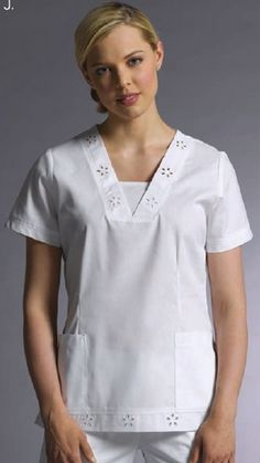 UNIFORMES ALFA ZETA: Uniformes White Cross - Costa Rica Spa Uniform, Scrubs Uniform, White Scrub Tops, Housekeeping Uniform, Cool Outfits, Fashion Outfits, Muslim Fashion, Night Gown, Chef Jackets