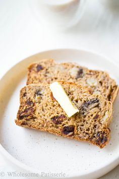 This date banana loaf has always been that go-to recipe when you need a snack on hand in a hurry! I'm unsure why i didn't share it with you sooner, it's simple, tasty and healthy! Pretty much right up your alley if you're reading this. I'm sure many of you have a similar recipe to...