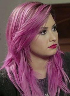 demi-lovato-pink-hair