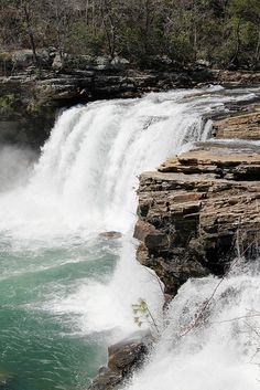 Time for a road trip!  Little River Falls in Little River Canyon near Fort Payne, Alabama