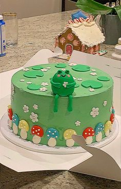 Pretty Birthday Cakes, Pretty Cakes, Pastel Cakes, Cute Baking, Frog Cakes, Cute Frogs, Cute Desserts, Just Cakes, Aesthetic Food