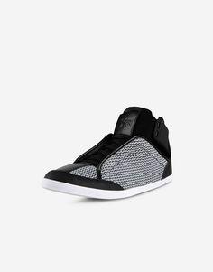7c9e84218f9  Y 3 Kazuhiri High Top Sneakers