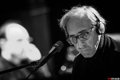 Ritratto inedito di un grande artista, da 50 anni sulla scena musicale italiana con intatta curiosità e voglia di sperimentare. Intervista all'autore.