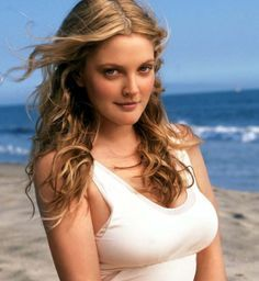 Drew Barrymore Height, Weight, Measurements, Bra Size, Wiki, Biography