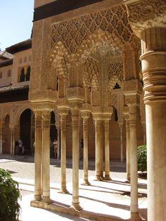Columnas del Patio de los Leones #Alhambra #Granada