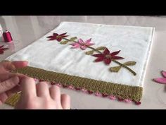 Çiçekli Havlu Kenarı Modeli - 1 - YouTube Natalie Wood, Derrick Rose, Creative Embroidery, Moda Emo, Crochet For Beginners, Towel, Lace, Youtube, Dish Towels