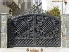 Home Gate Design, Steel Gate Design, Iron Gate Design, House Front Design, Wrought Iron Driveway Gates, Metal Gates, Garden Gates And Fencing, Tor Design, Iron Art