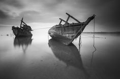 2 Boats on the Body of Water Photo Pin